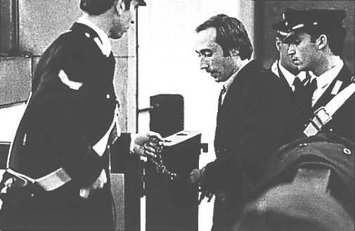 Salvatore Toscano in tribunale.jpg