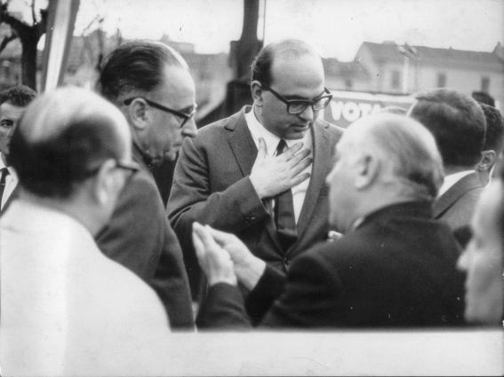 PSI - Bettino Craxi a Cinisello Balsamo - 11 apr 1968.jpg